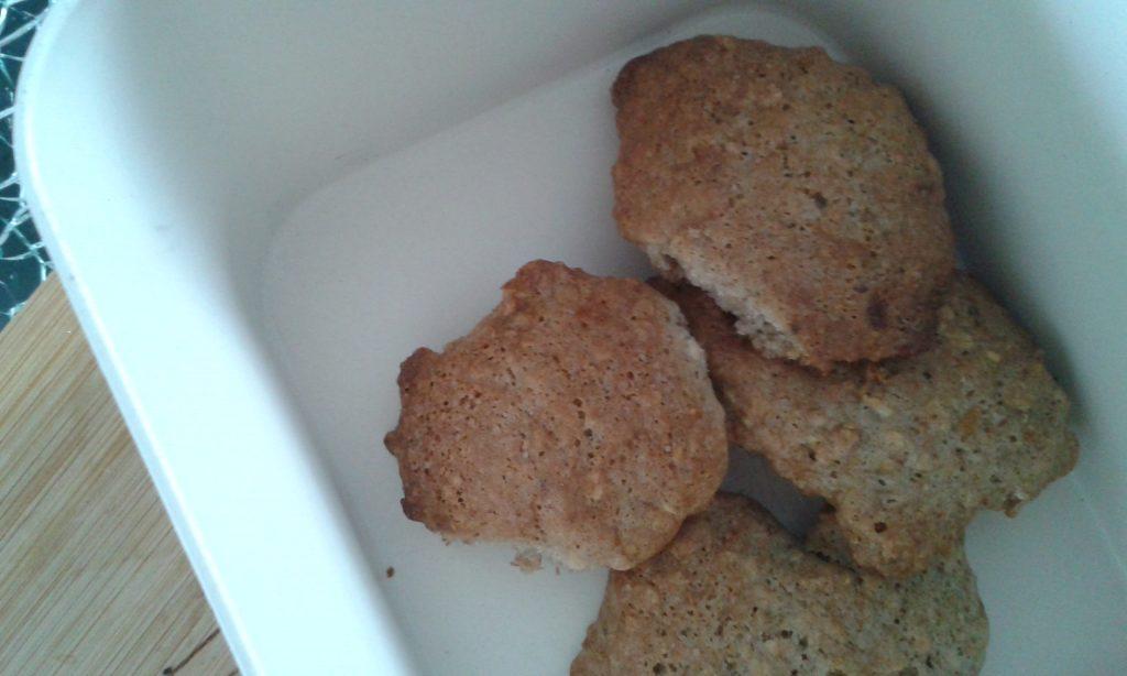ei, melk en glutenvrije koekjes met vlierbloesem